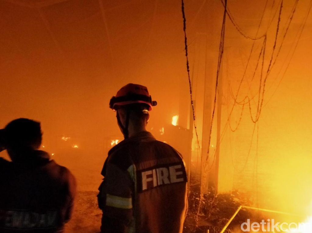 Kebakaran Melanda Pabrik Garmen di Klaten