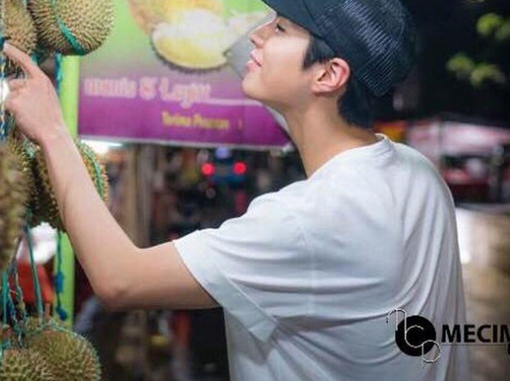 Wah! Tak Hanya Doyan, 5 Idol Kpop Ini Ketagihan Durian