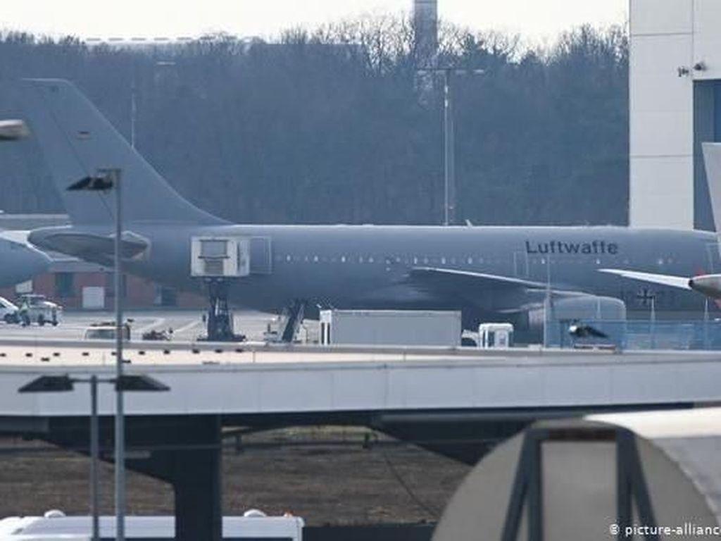 Pesawat Militer Jerman yang Terbang ke Wuhan Evakuasi 102 Orang