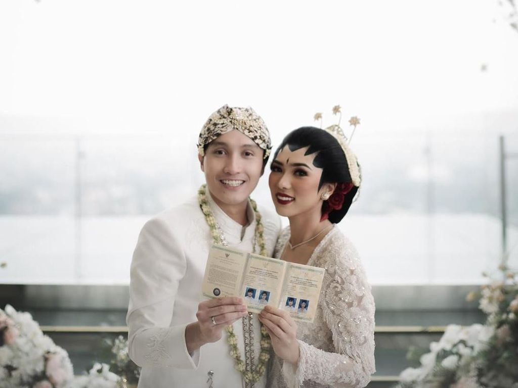 Resmi Menikah, Isyana Sarasvati Semringah Banget