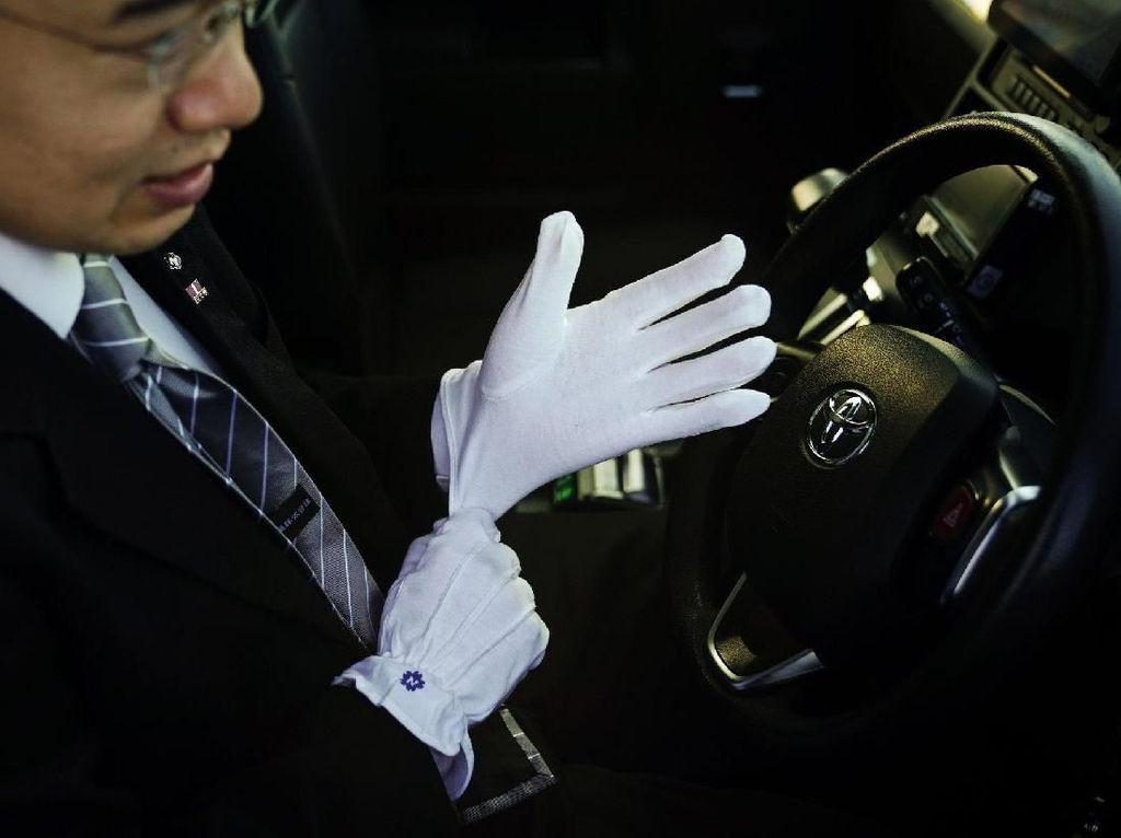 Sekarang, Penumpang Taksi di Jepang Boleh Kasih Tip
