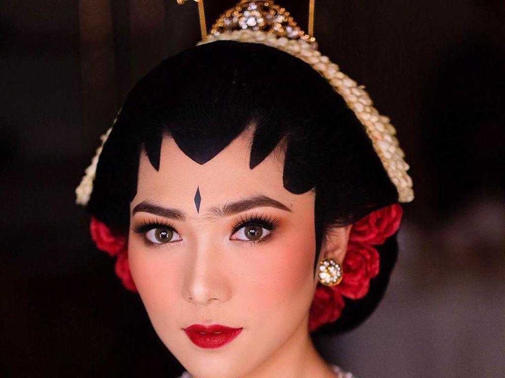 Kisah di Balik Makeup Menawan Isyana Saat Menikah, Alisnya Perdana Dicukur
