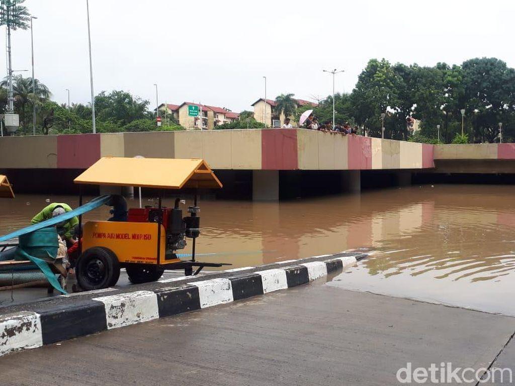 Underpass Kemayoran Banjir Lagi, Kementerian PUPR Kirim Pompa Air