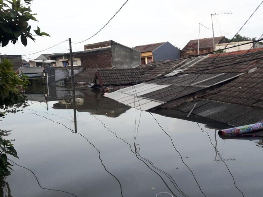 Banjir di Periuk Tangerang Belum Surut, 1.200 Warga Diungsikan
