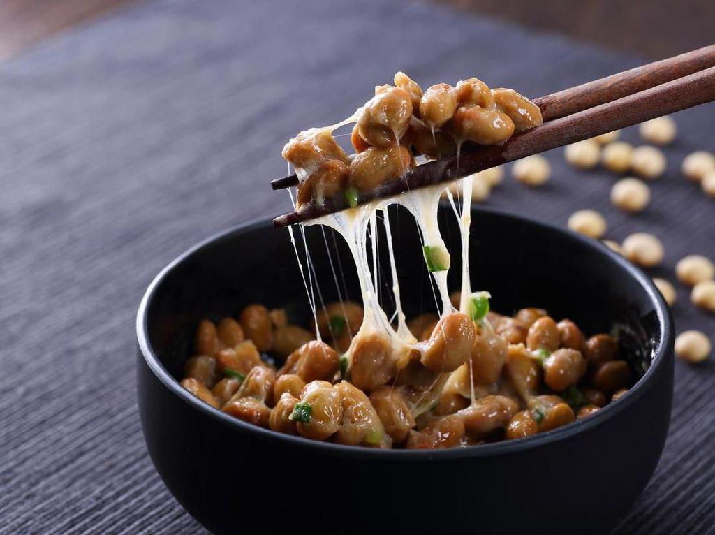 5 Makanan Fermentasi Paling Sehat di Dunia, Ada Tempe hingga Kimchi!