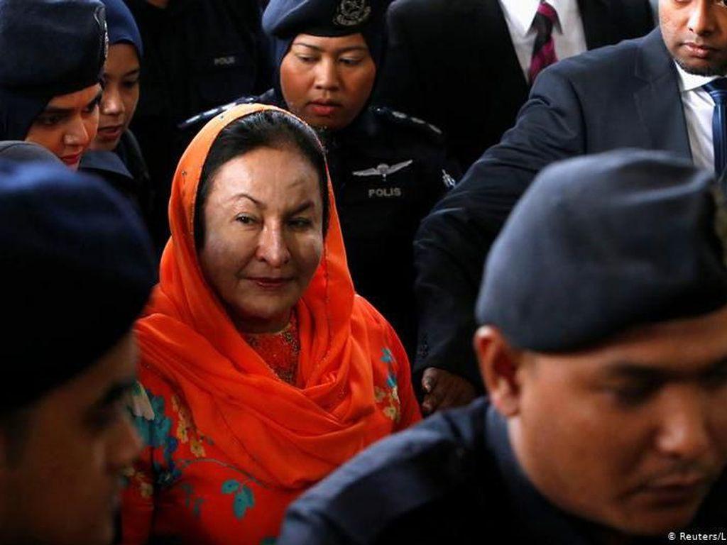 Istri Najib Razak Mangkir dari Sidang Korupsi