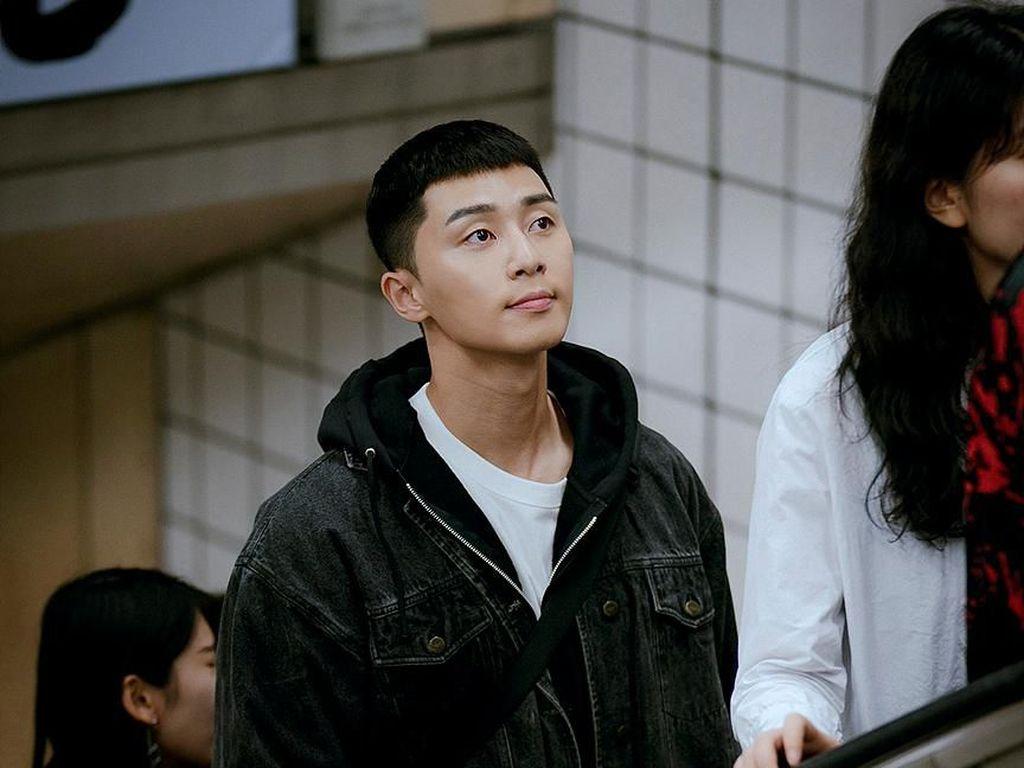 Kerja Keras Park Seo Joon hingga Kim Da Mi Bintangi Itaewon Class