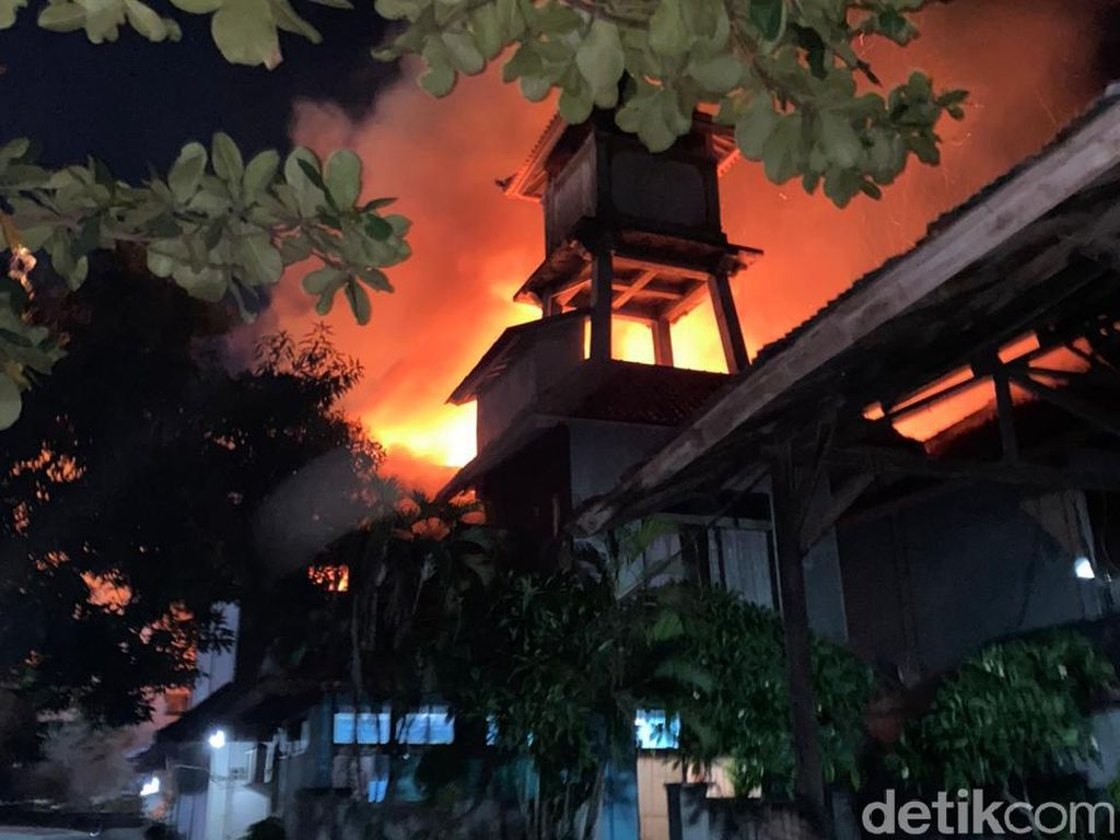 19 Kamar Kos di Badung Bali Hangus Terbakar