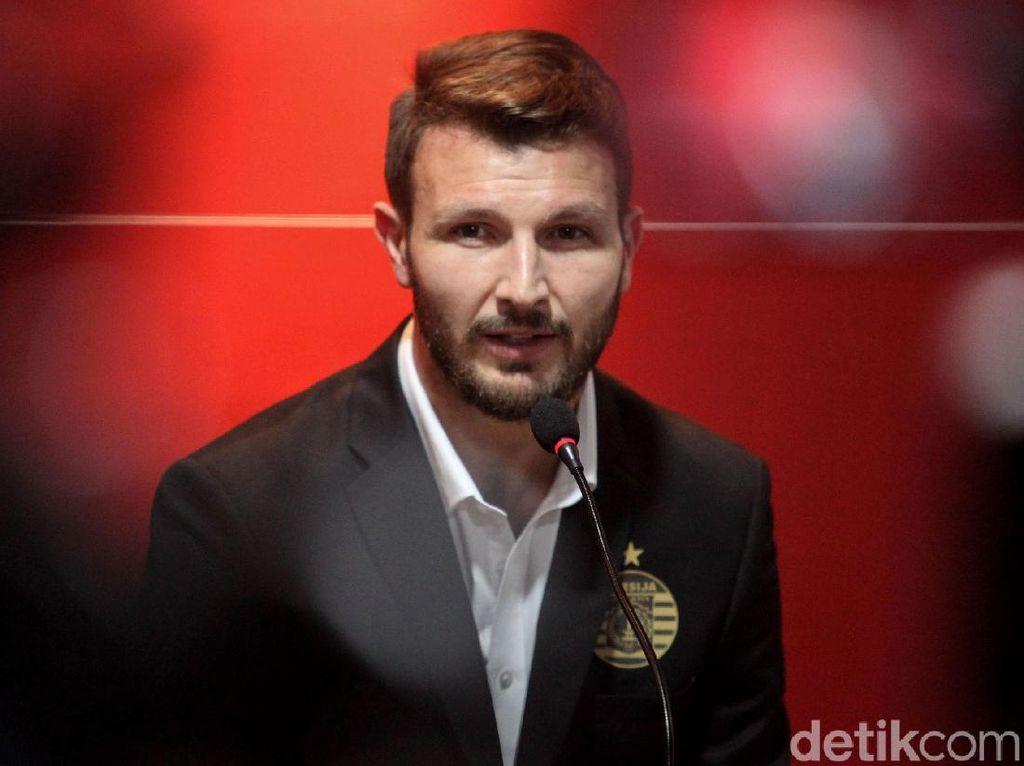 Marco Motta Setia Persija, Abaikan Peluang untuk Pergi