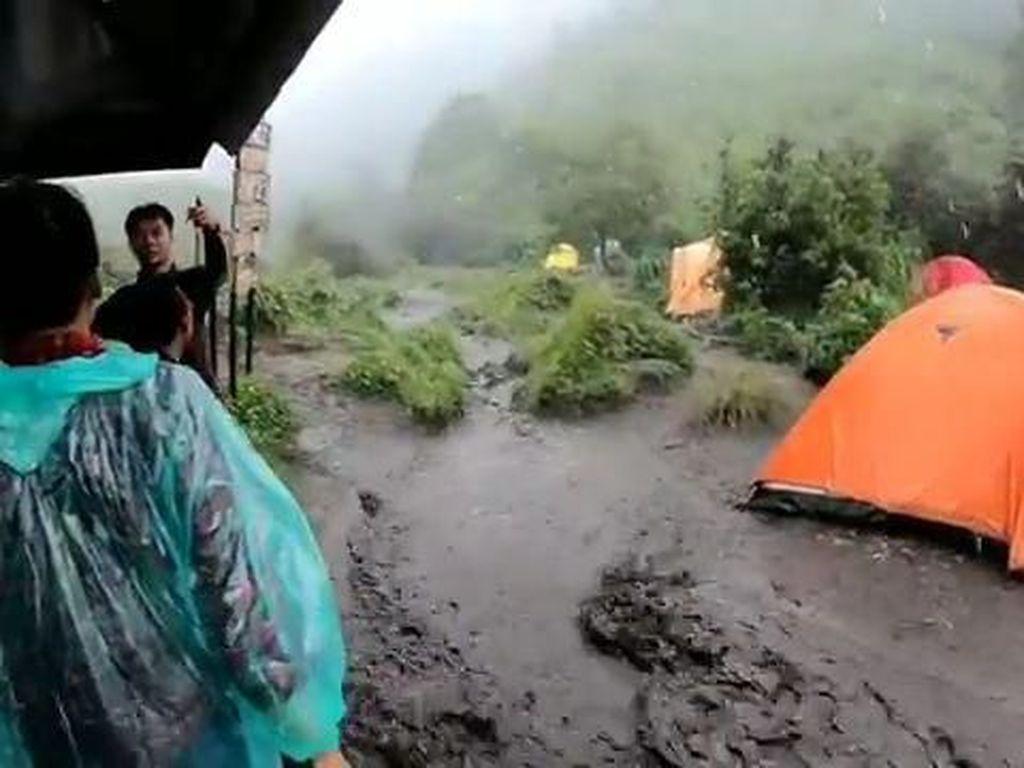 Kata Pendaki Soal Banjir di Gunung Merbabu