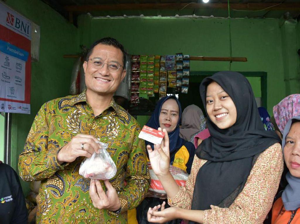 Mensos Cek Kesiapan Implementasi Program Sembako di Bogor & Cianjur