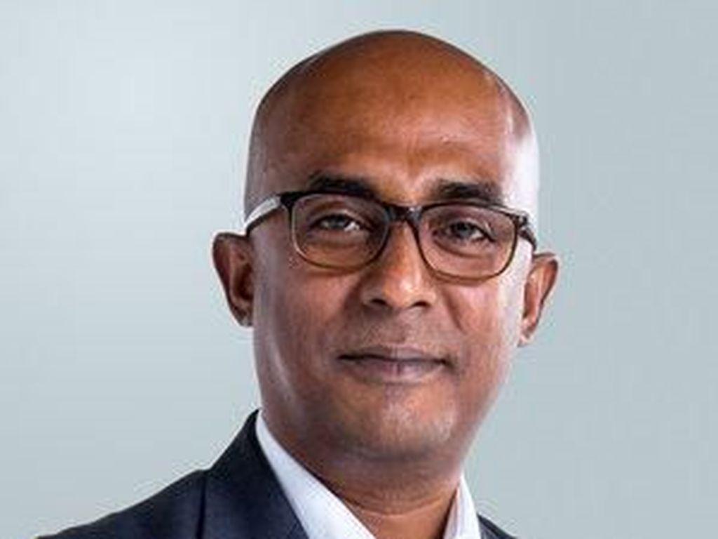 Pilot Baru AirAsia Pengganti Tony Fernandes