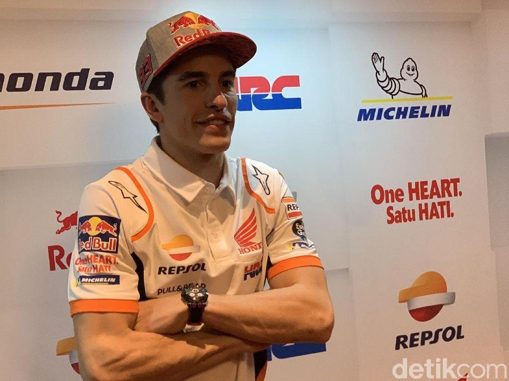 Lebih Oke Valentino Rossi atau Casey Stoner? Ini Kata Marc Marquez