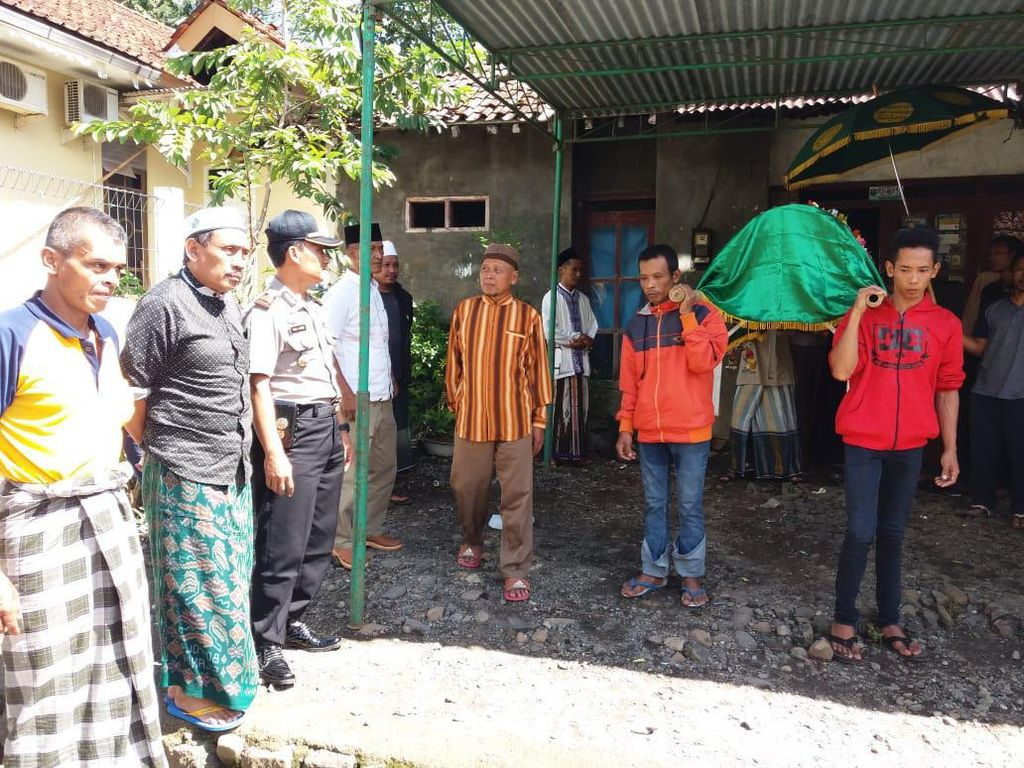 Bocah SD yang Ditemukan Tewas di Kebun Durian Diduga Dibunuh