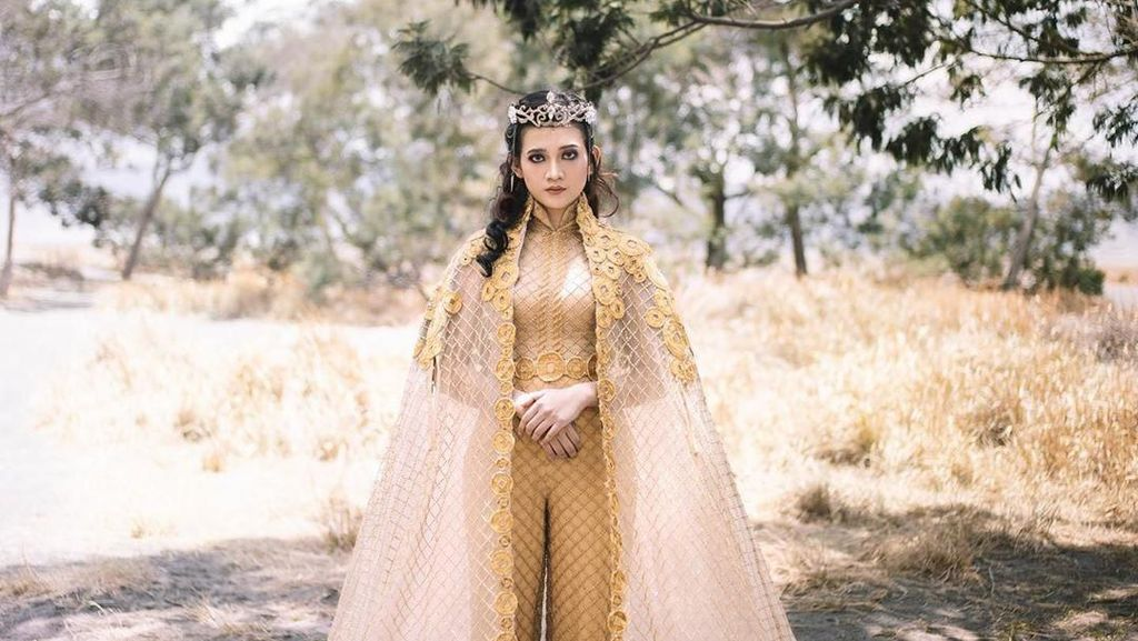 Foto: Gaun Pengantin Mewah Anak Calon Bupati Jember, Bak Putri Jasmine