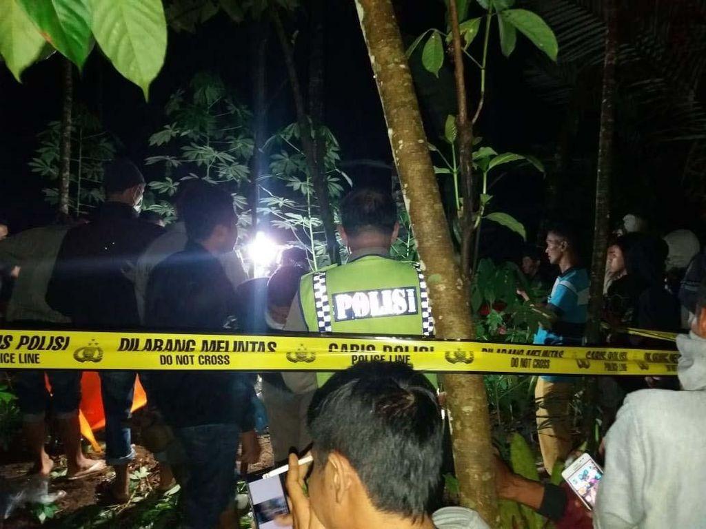 Polisi: Jasad Bocah SD Ditemukan di Gundukan Tanah Kebun Durian