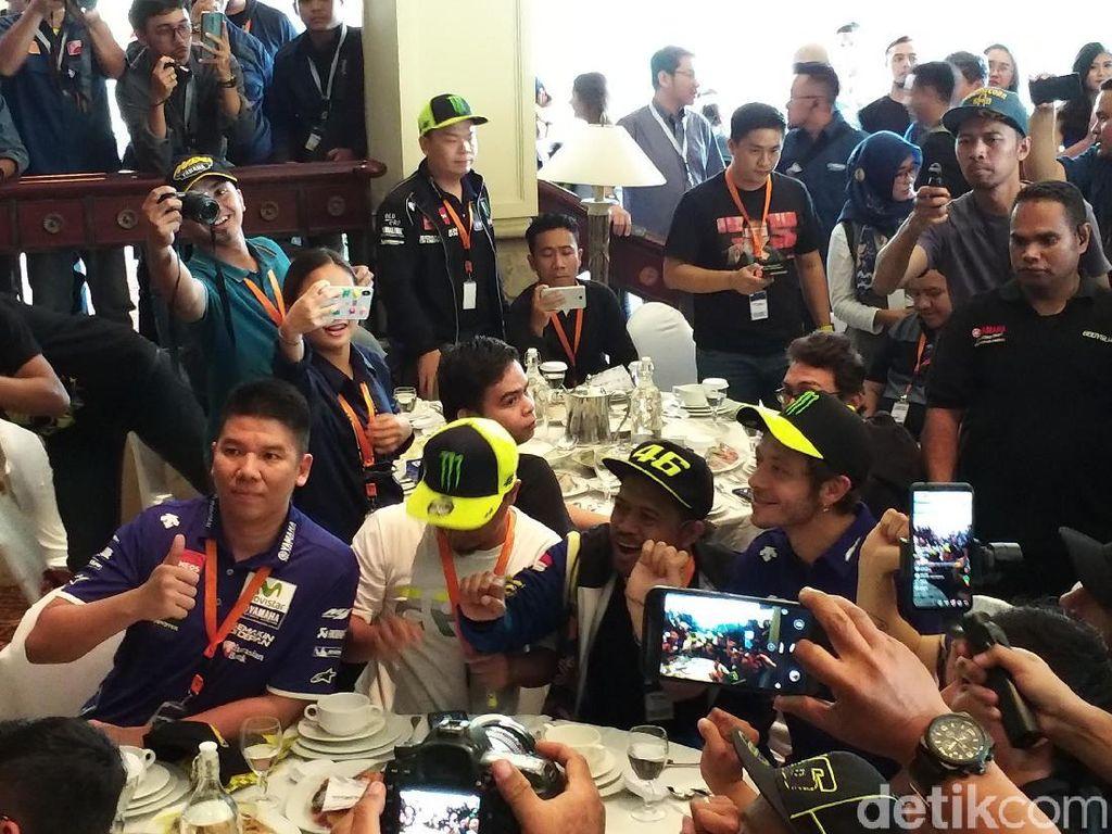 Sapa Fan di Jakarta, Valentino Rossi: Aku Tresno Indonesia