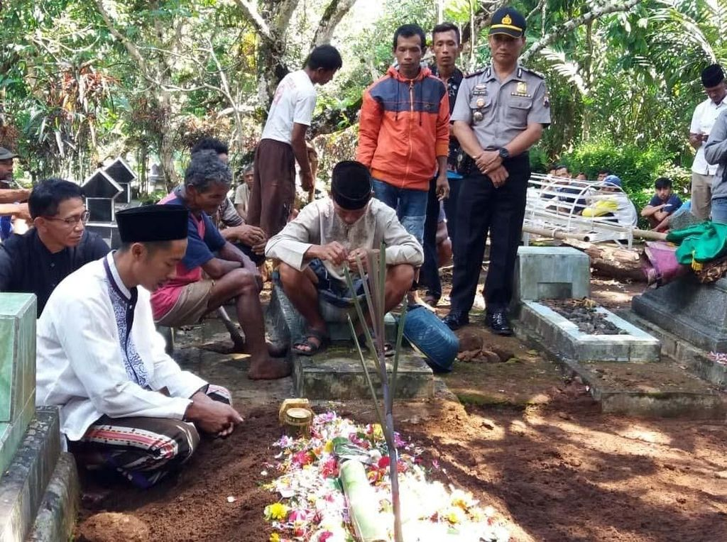 Curahan Hati Ayah Bocah SD yang Tewas Diduga Dibunuh di Banjarnegara