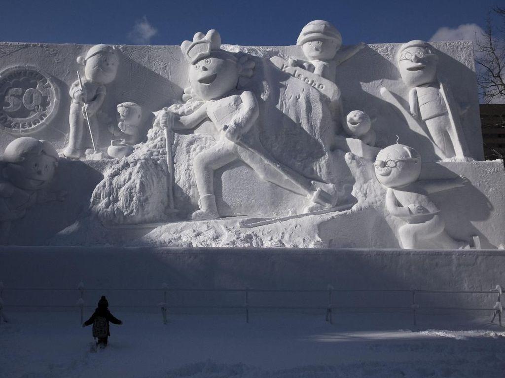 200 Patung Es Meriahkan Festival Salju Sapporo di Jepang