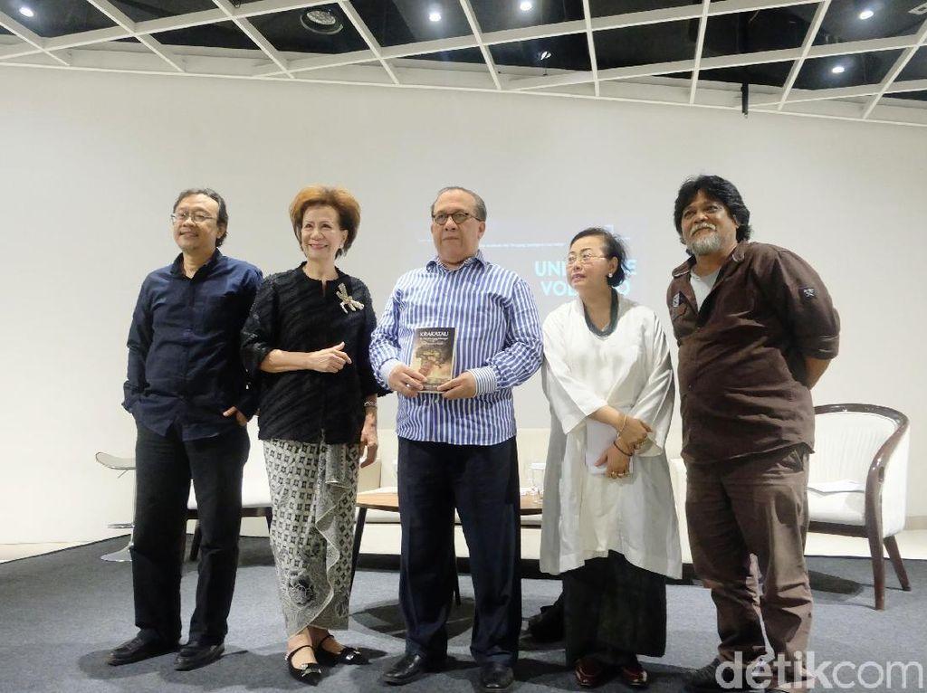 Cerita Sutradara Under the Volcano Raih Pujian di Panggung Internasional