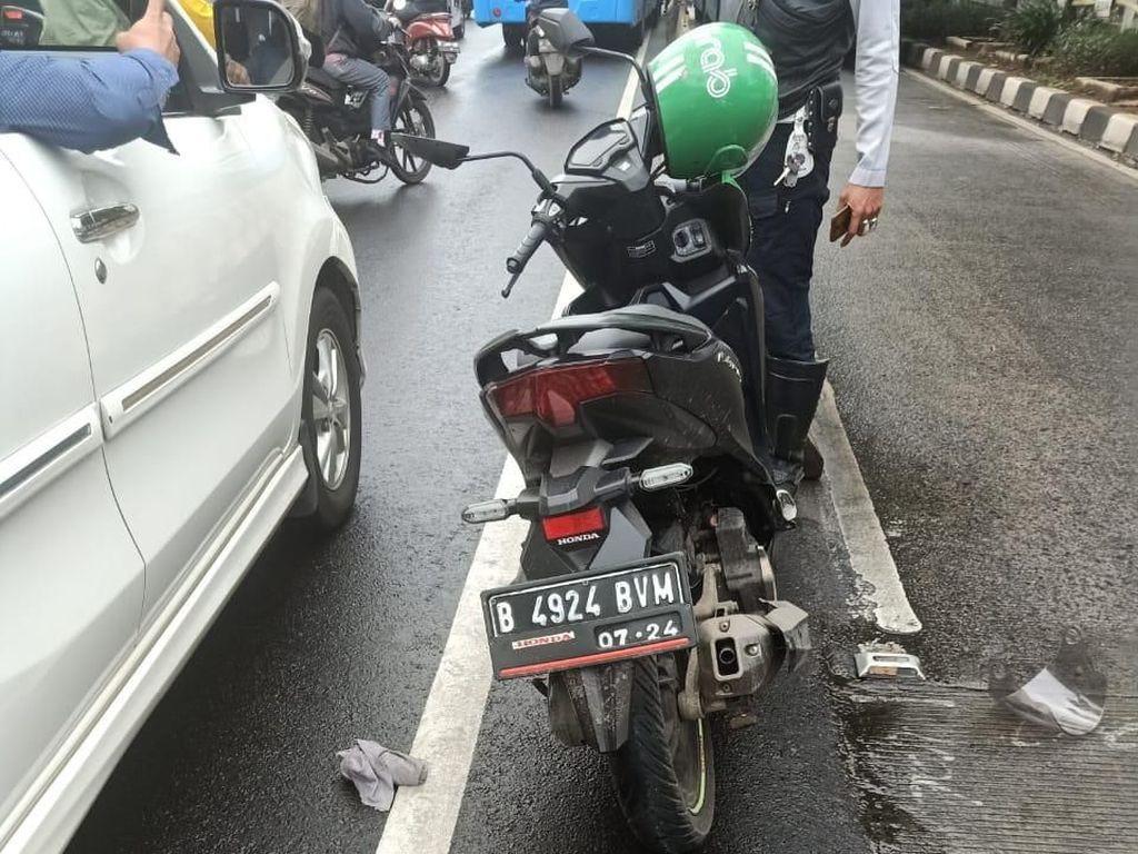 Alami Kecelakaan di Kebon Jeruk, Seorang Pemotor Tewas