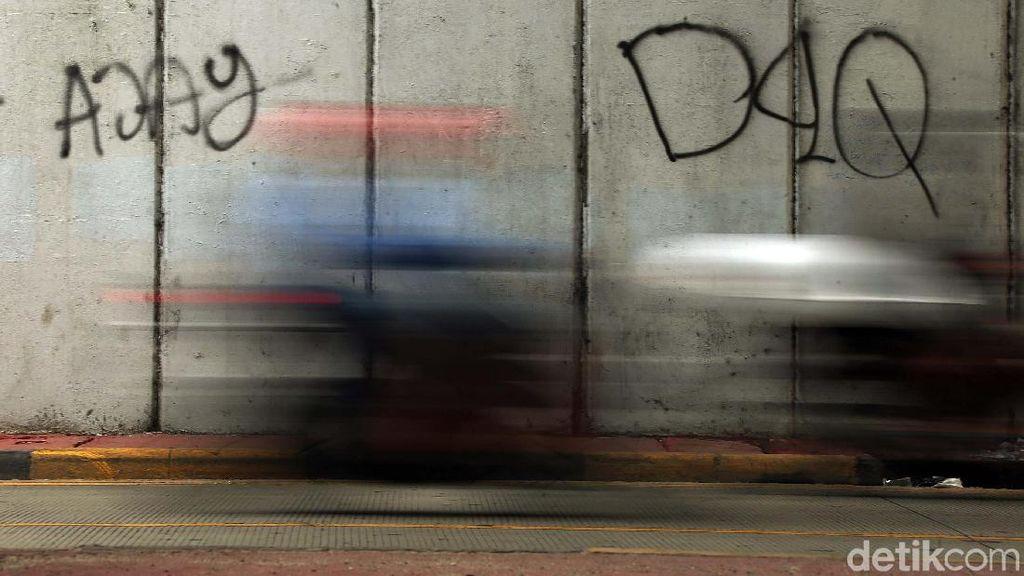 Vandalisme Marak di Underpass Tanah Abang