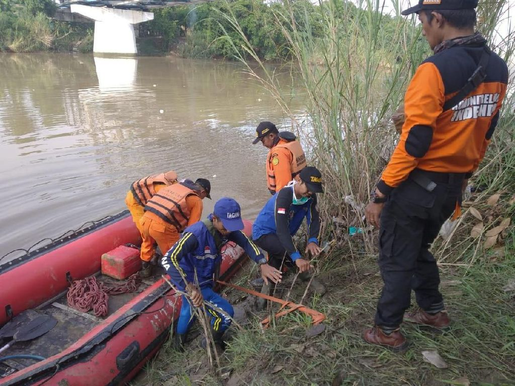 Bocah 6 Tahun Tenggelam di Sungai Cimanuk Indramayu Saat Memancing