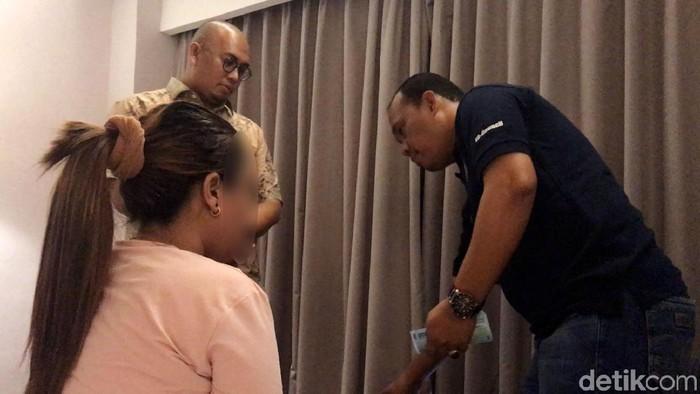 Setelah Digerebek Andre Rosiade PSK Online di Padang dibui 5 Bulan Bui