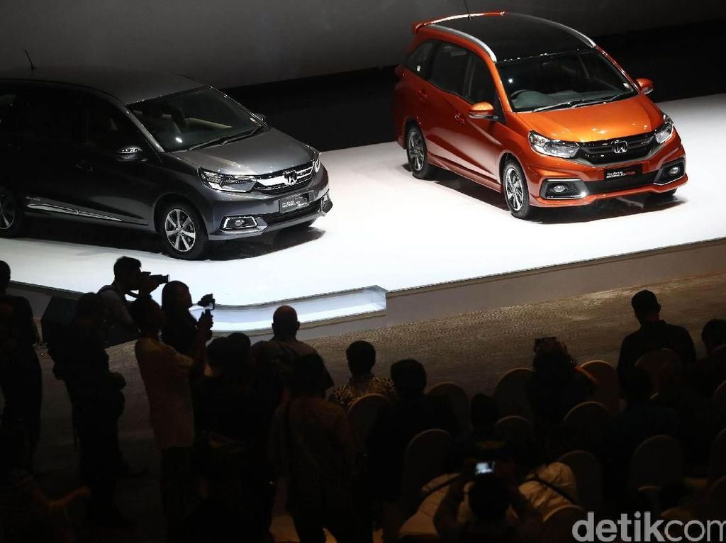 Diskon Pajak Mobil Bisa Halau PHK di Industri Otomotif?