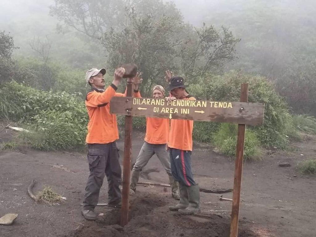 Larangan Kemping di Pos 2 Gunung Merbabu yang Sempat Banjir