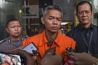 Mantan Komisioner KPU Wahyu Setiawan terseret dalam kasus suap PAW anggota DPR fraksi PDIP yang melibatkan Harun Masiku