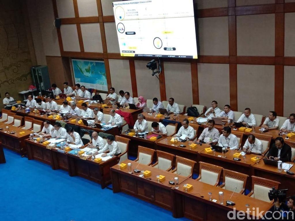 DPR Panggil Kementerian ESDM Bahas Pembangkit Listrik