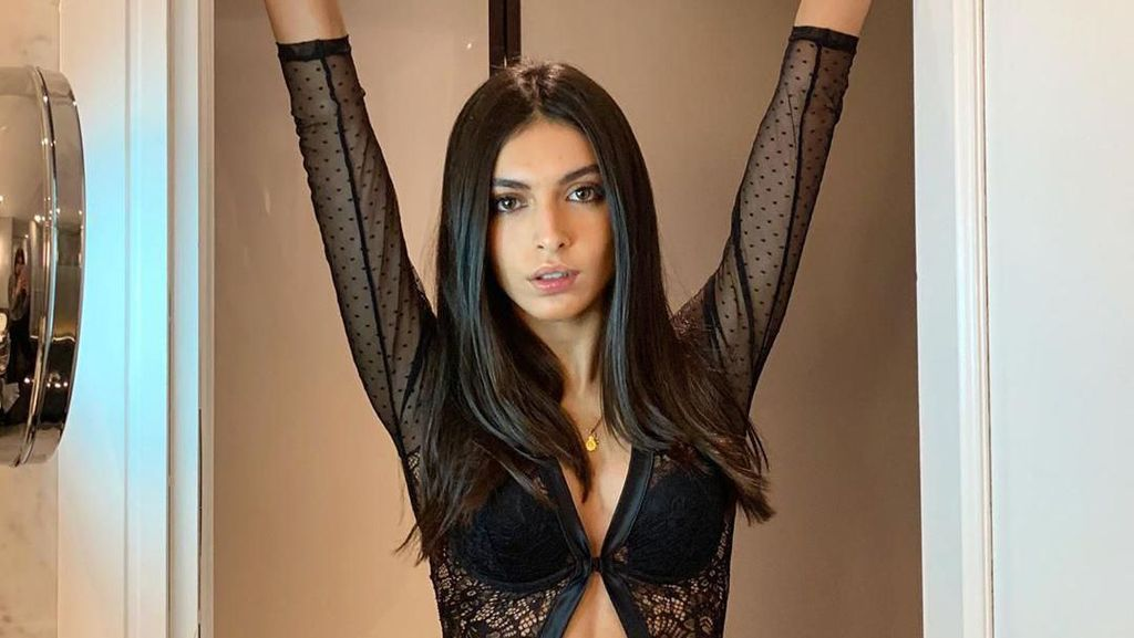 Si Seksi Lucia Riveria yang Kini Jomblo Usai Putus dengan Marquez