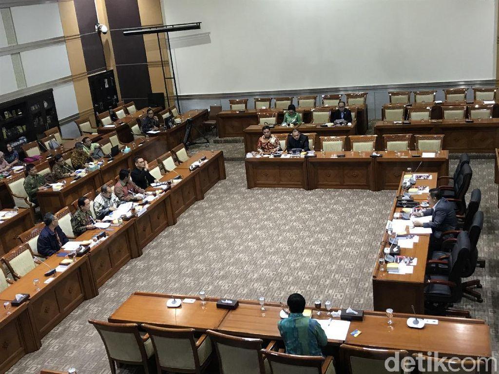 PPATK Rapat di Komisi III Bahas Rekening Kasino Kepala Daerah di Luar Negeri