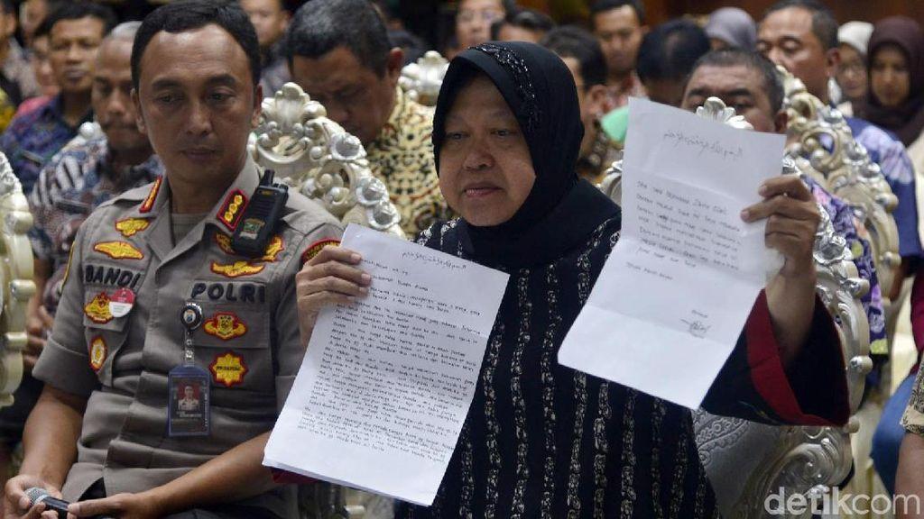 Ekspresi Risma Saat Terima Surat dari Netizen Penghinanya