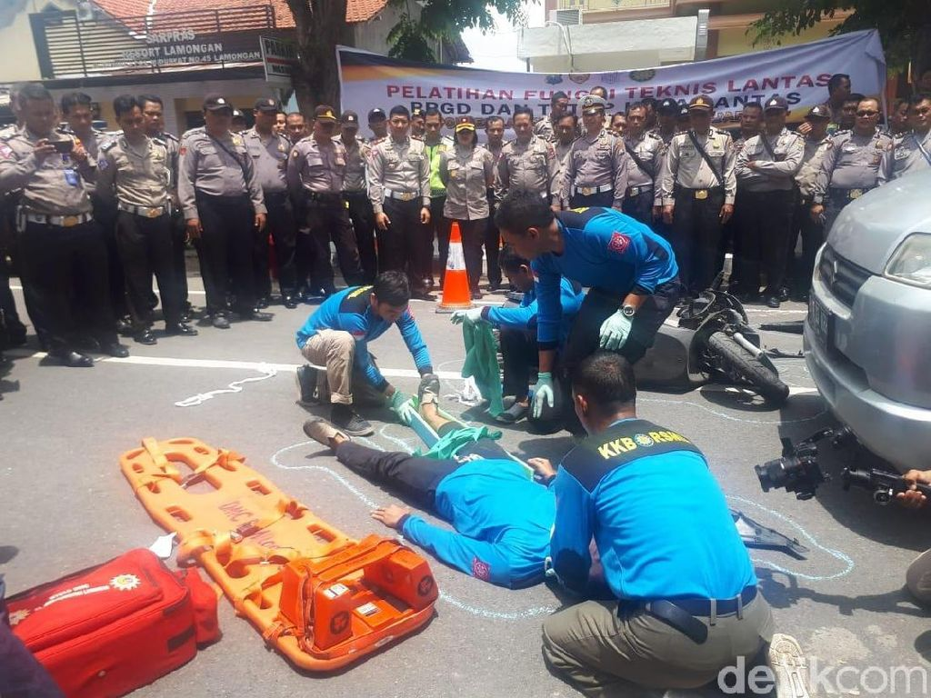 Satlantas Lamongan Ajak Polisi Latihan Penanganan Gawat Darurat