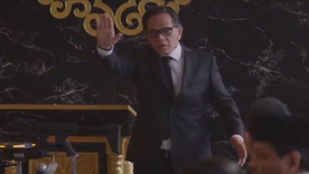 Ray Sahetapy di dalam film Captain America: Civil War