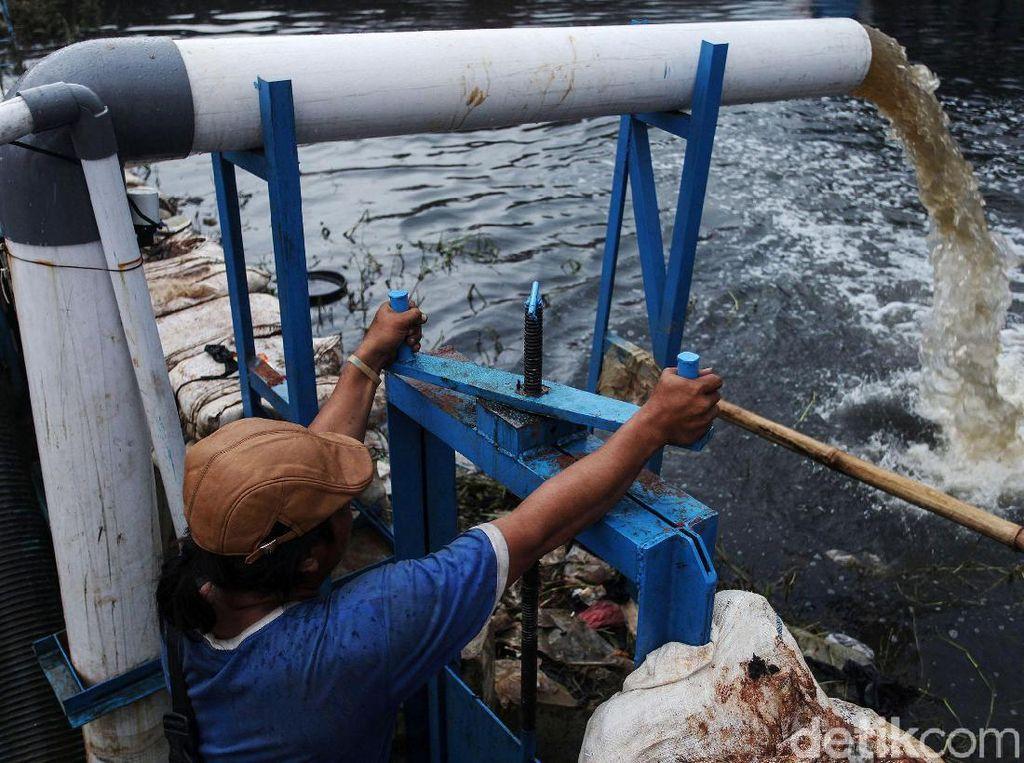 120 Jam Lebih Mesin Pompa Sedot Banjir Periuk Tangerang