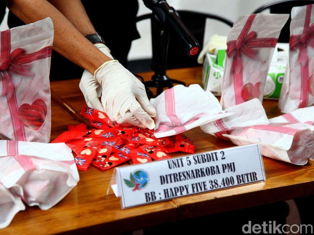 38.400 Happy Five Edisi Valentine Diamankan Polisi