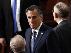 Kisah Mitt Romney, Satu-satunya Senator Republik yang Melawan Trump di Senat