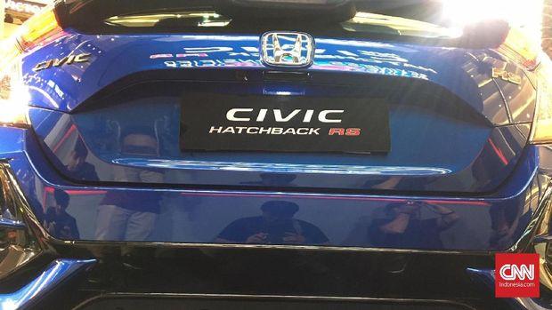 Varian RS Meluncur, Civic Hatchback E dan S 'Disuntik Mati'