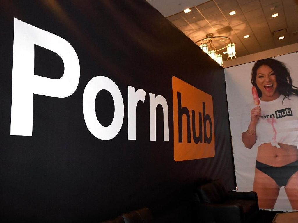 Situs Porno di Thailand Diblokir, Protes Pun Mengalir