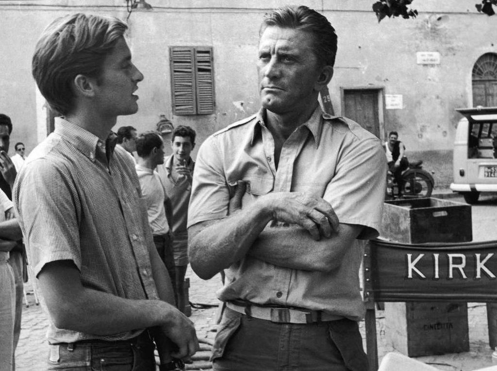 Aktor Kirk Douglas Meninggal Dunia di Usia 103 Tahun