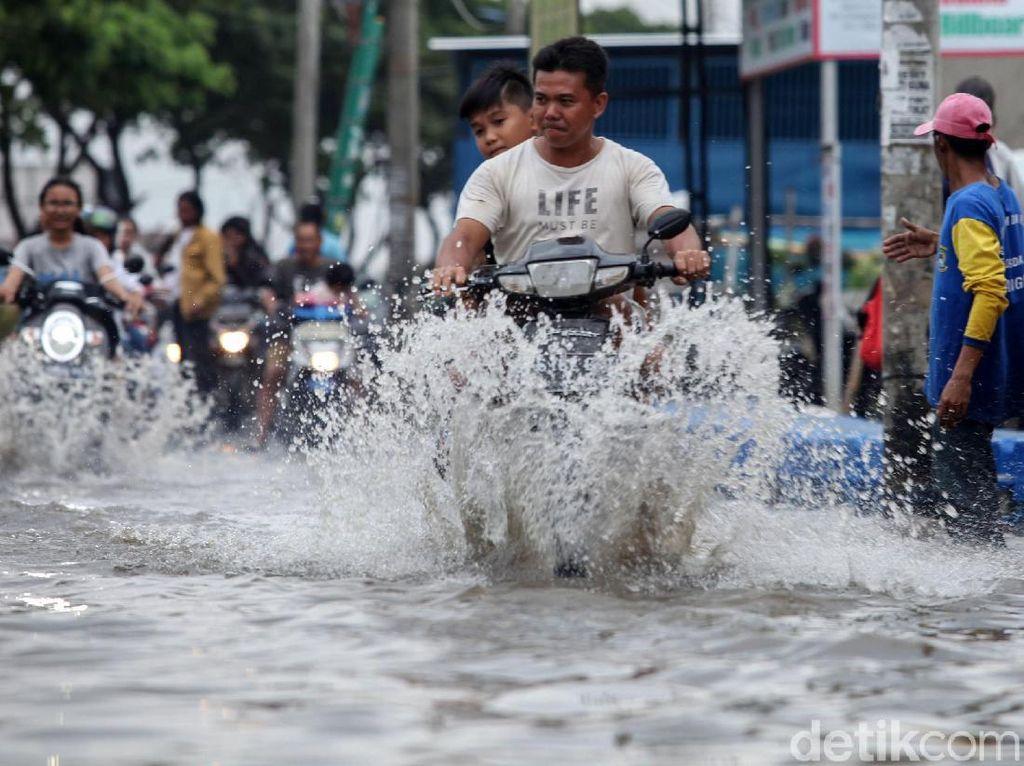 Mencari Biang Kerok Banjir Jakarta