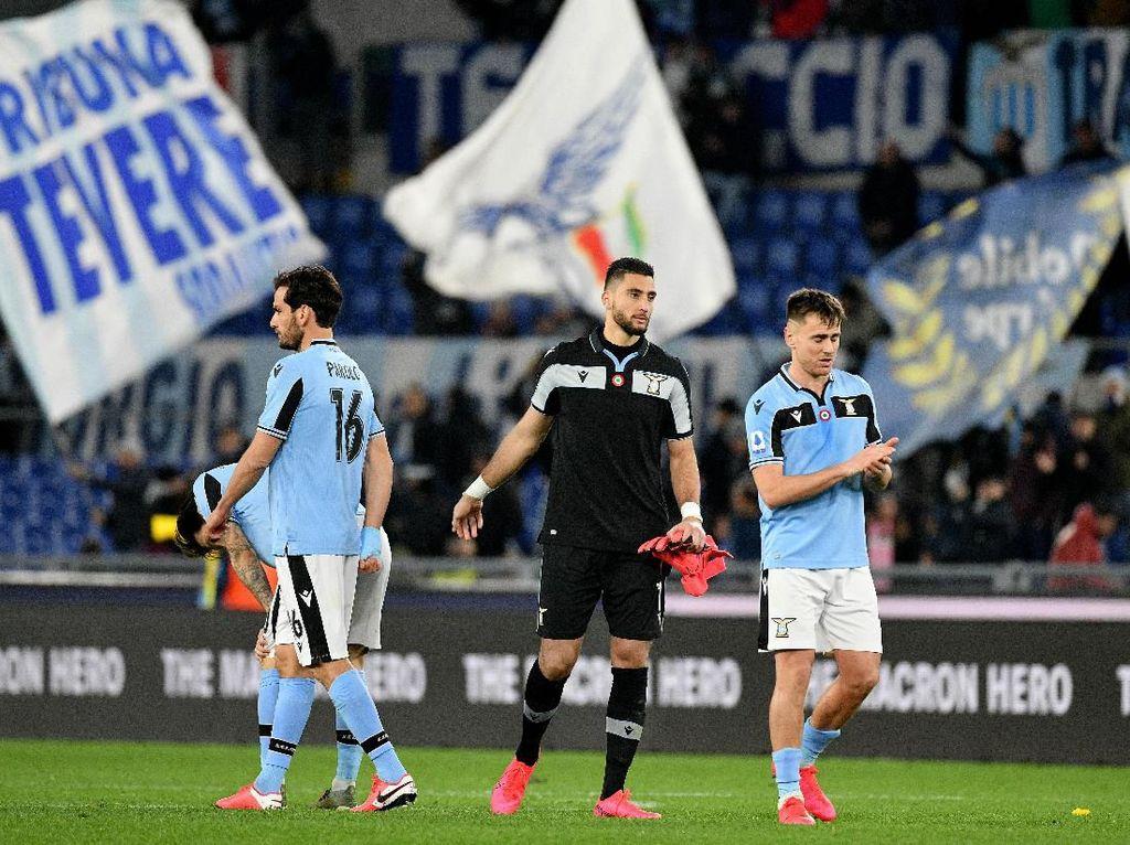 27 Tembakan Tapi Nirgol, Lazio Apes Betul