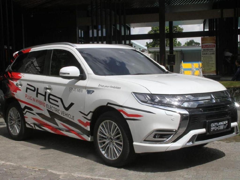 Mitsubishi Pilih Thailand untuk Produksi Outlander PHEV Rp 1 Miliaran