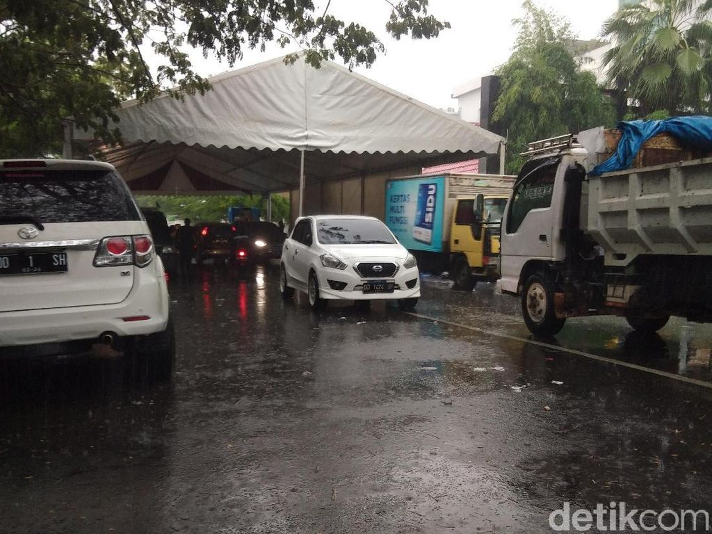 Jalan di Makassar yang Ditutup karena Nikah Anak Rektor Sudah Dibuka