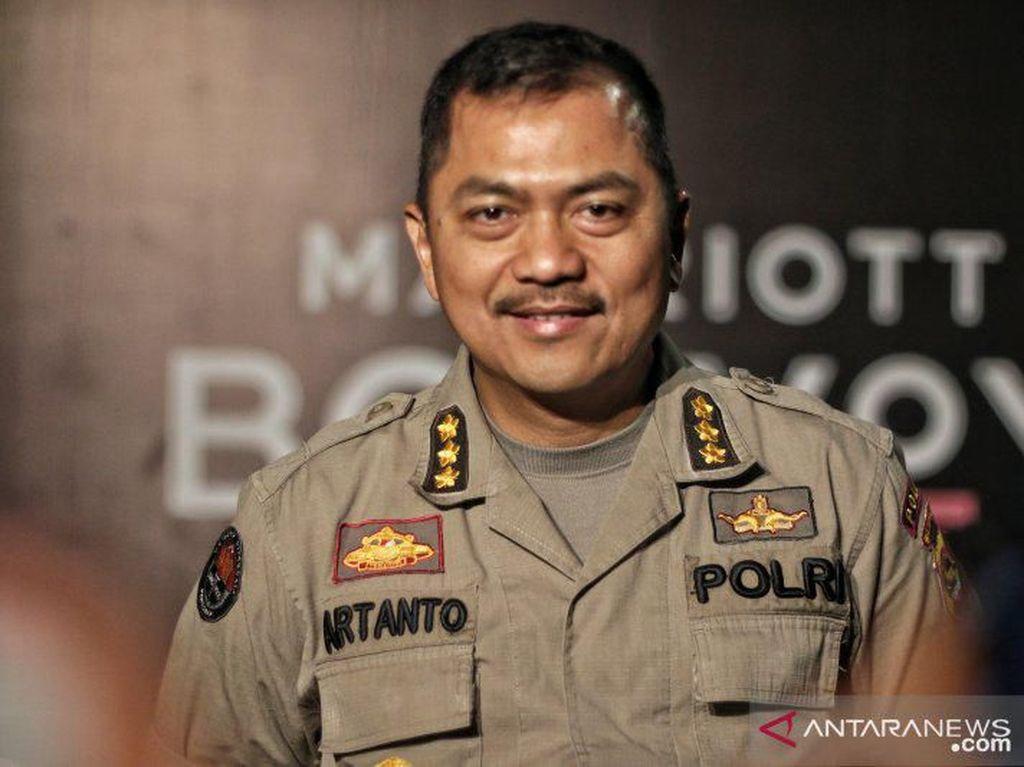 2 Penari Striptis di Senggigi Lombok Ditangkap Polisi