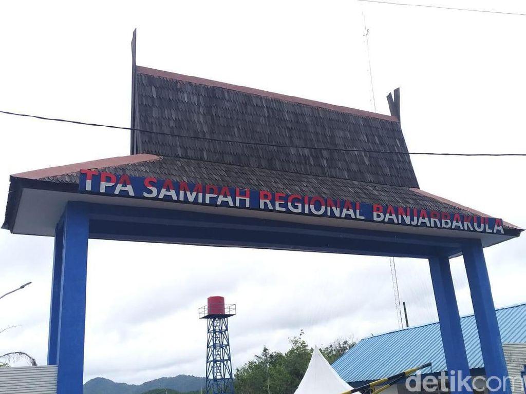 Jokowi Resmikan TPA Sampah Antibau di Kalsel