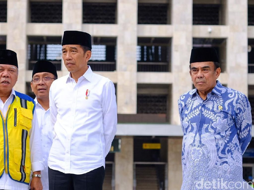 Tinjau Renovasi Masjid Istiqlal, Jokowi Yakin Ramadhan Tahun Ini Rampung